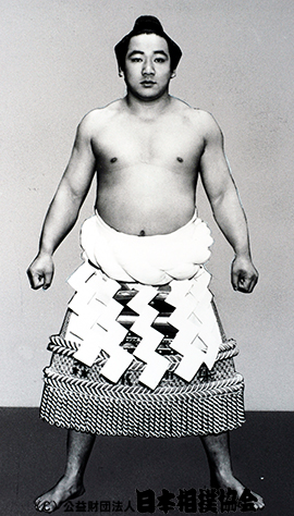 49 代 横綱 歴代横綱 - 日本相撲協会公式サイト