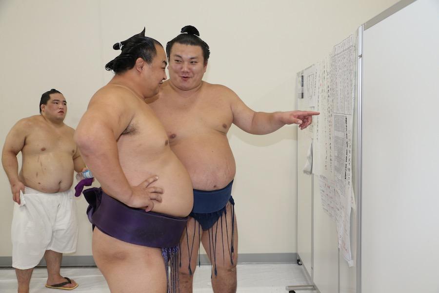 巡業「写真レポート」 - 巡業レポート - 日本相撲協会公式サイト